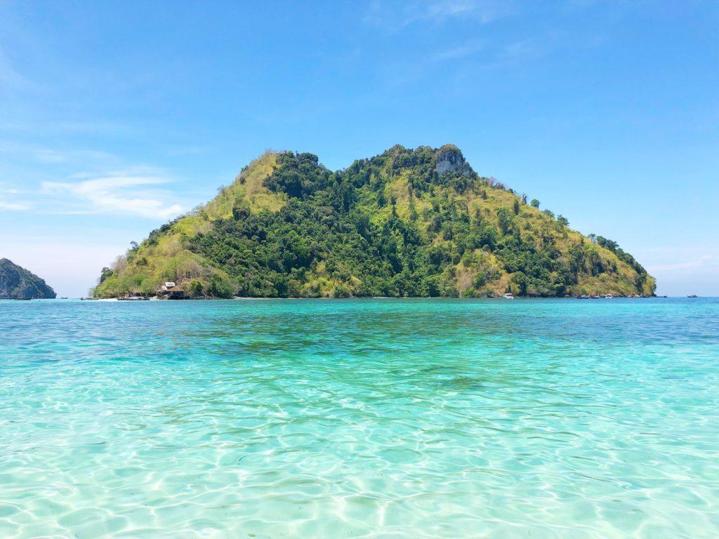 綺麗な海と島